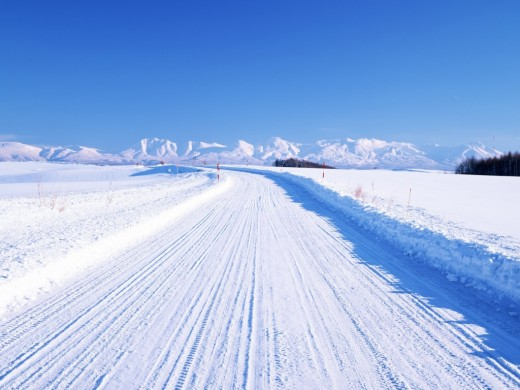 Snow Covered Road wallpapers