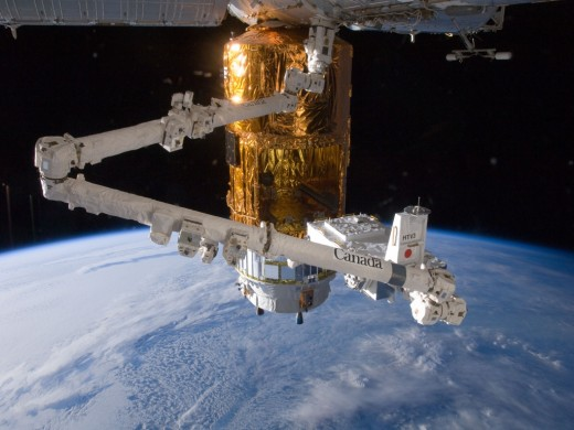 Canadarm2 and HTV