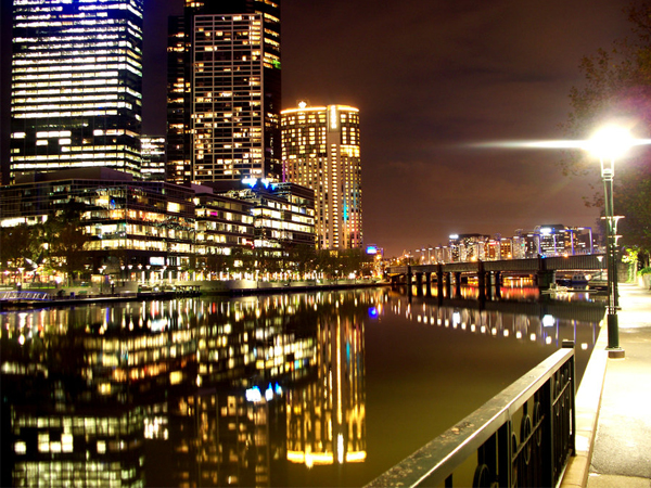 melbourne-at-night-2